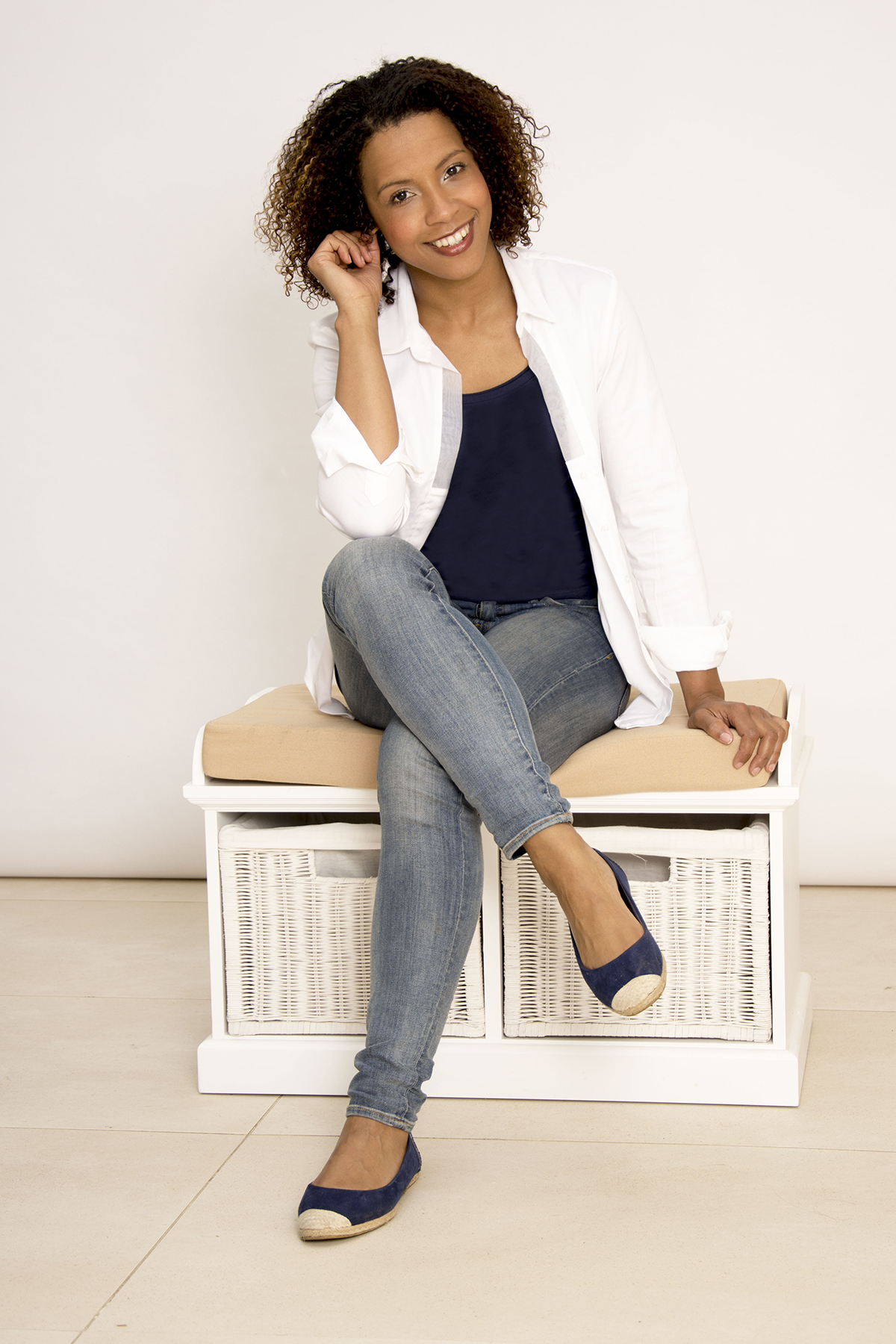 Donna-Louise Bryan Voiceover artist
